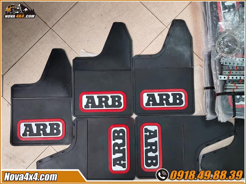 Trang bị chắn bùn ARB xe bán tải đơn giản ở cửa hàng Nova4x4